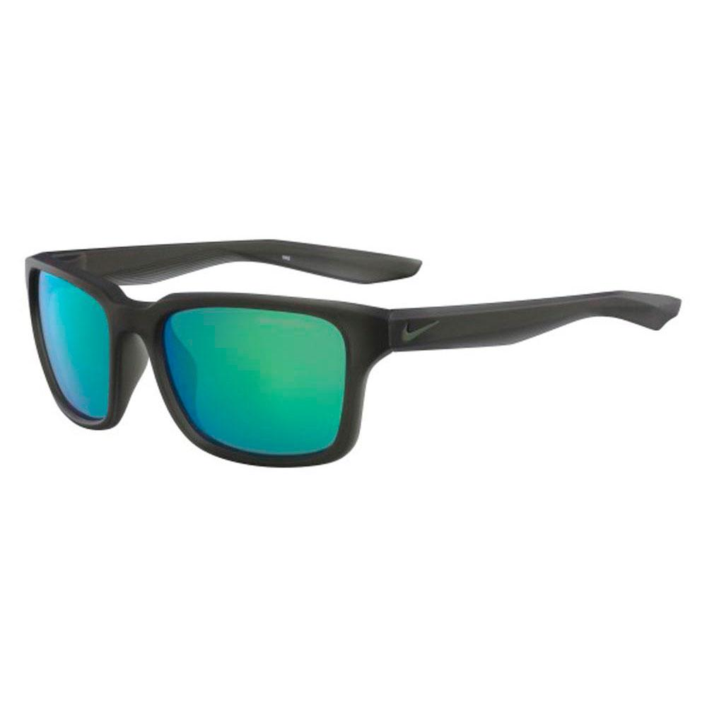 18d1221b8e Nike vision Essential Spree R Black buy and offers on Xtremeinn